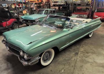 1961 Cadillac 62 390CI 4BBL V8 1961  Prix tout compris