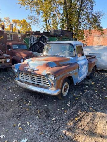 1955 Chevrolet 3100 half ton short bed 1955 A restaurer Prix tout compris