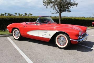 1961 Chevrolet Corvette 383cid 230hp V8 1961 Prix tout compris