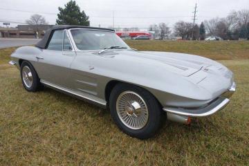 1964 Chevrolet Corvette 327CID/365HP 4 1964 Prix tout compris