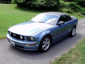 2007 ford mustang gt premium convertible GT V8 2007 Prix tout compris Hors homologation 4500€