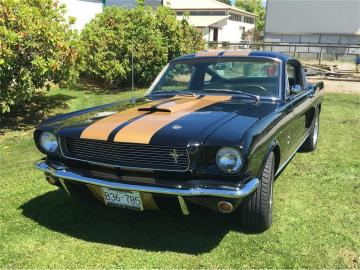 1965 Ford Mustang GT Fastback GT A 350H V8 1965 Prix tout compris