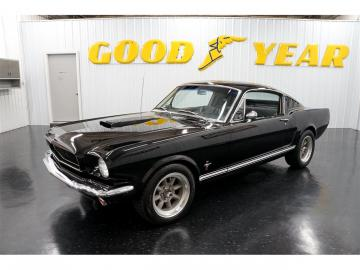 1965 Ford Mustang V8 GTA Pony Pack 1965 Prix tout compris