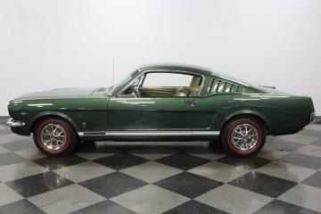 1966 Ford Mustang Fastback GT A 1966 Prix tout compris