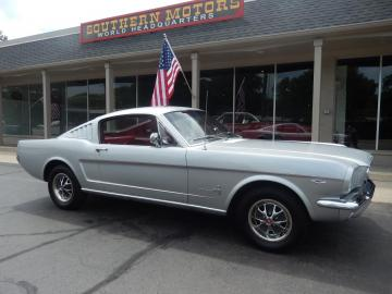 1966 Ford Mustang Fastback V8 1966 Prix tout compris