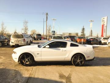 2010 Ford Mustang GT V8 Toit Panoramique 2010 Prix tout compris hors homologation 4500€