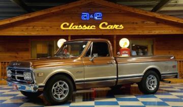 1970 GMC 1500 Fleetside Pickup Golden Bronze Metallic / Pale Adobe