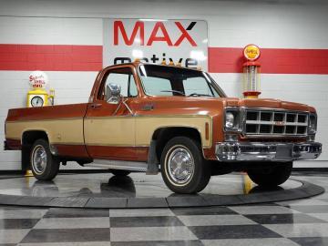1977 GMC Sierra Wideside 1/2 Ton Pickup 1977 Prix tout compris