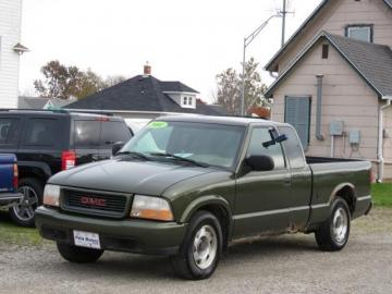 Pre-Owned 2001 GMC Sonoma 2WD Extended Cab Short Box SL