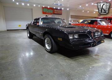 1977 Pontiac Firebird 350 V8 1977 Prix tout compris